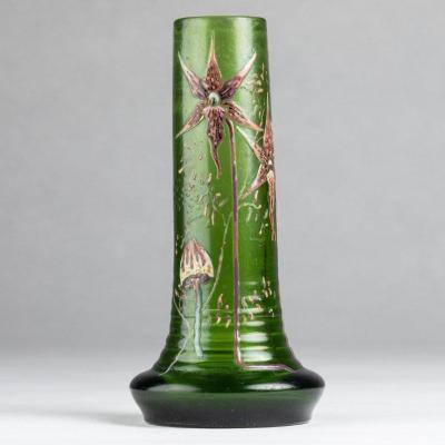 Emile Gallé (1846-1904), vase fuselé en verre à décors d'orchidées et de champignons, XIXe