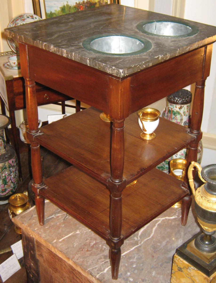 table formant rafra chissoir fin lxvi d but directoire tables. Black Bedroom Furniture Sets. Home Design Ideas