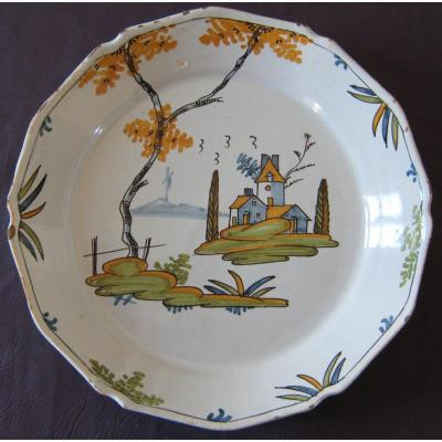 In Earthenware Plate From La Rochelle, Antique Eighteenth Century.