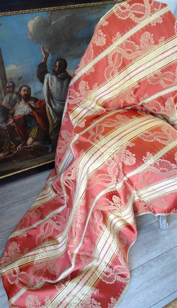 Belle  étoffe En Satin De Soie Rouille, Jaune Doré -photo-4