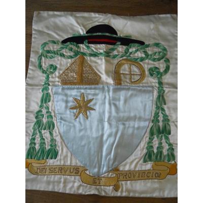 Blason de prêtre    Mitre Et Crosse Avec étoile  et chapeau noir