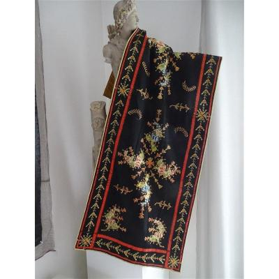 Lovely Chinese Embroidery In Applique Black Silk Nineteenth