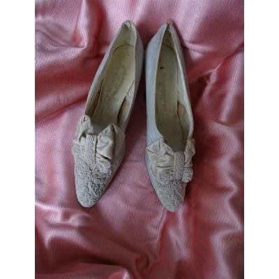 Pair Of Wichert Gardiner New York Beaded Suede Leather Shoes Heennessy's Butte