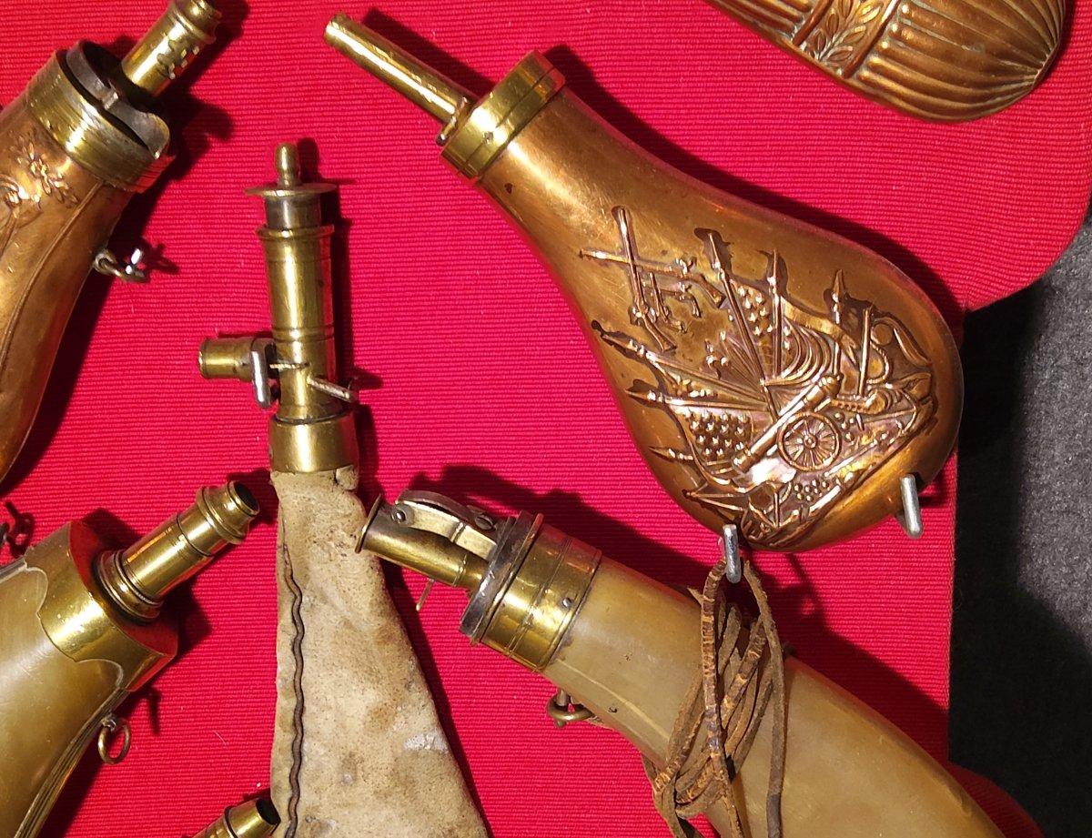 Collection de 10 Poires à Poudre XIX e-photo-1