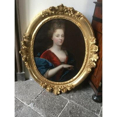 Portrait Of The Duchess Of Bourbon End XVII E