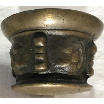 Mortier Apothicaire En Bronze XVIIéme avec son pilon