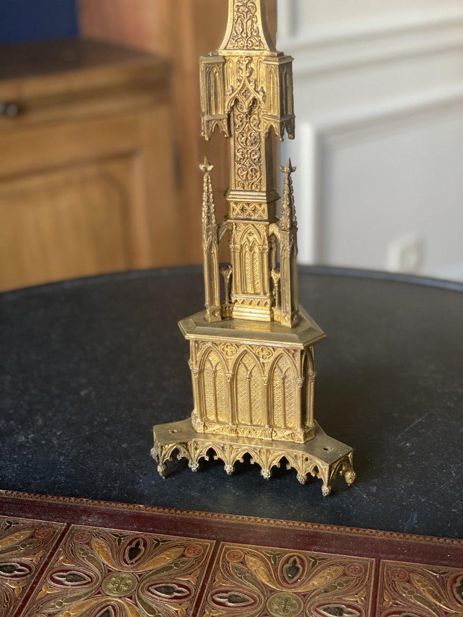 Pique Cierge  en métal doré  de style Néogothique XIXe siècle-photo-3