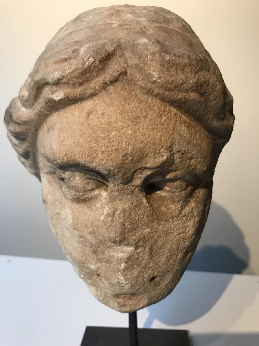 Roman Head Of Goddess Venus In Antique Carved Marble, Roman Art From The 2nd Century Ad