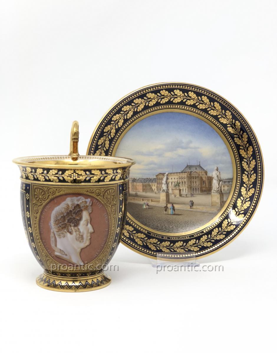 Superbe Tasse Et Sa Soucoupe En Porcelaine De Sèvres à Vue De Versailles