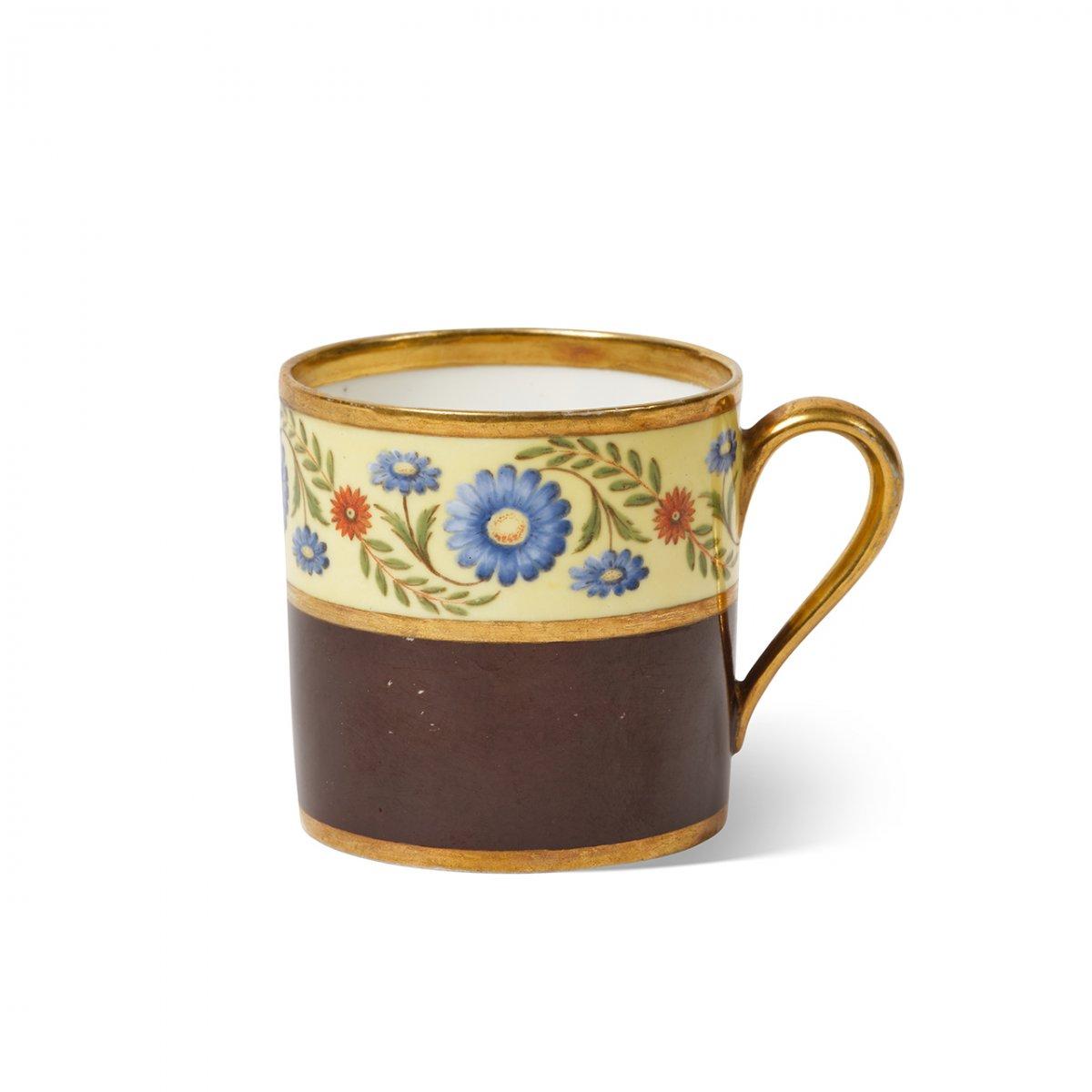 SEVRES Tasse Litron En Porcelaine De Sèvres livrée probablement à Jean-Martin Petit, général français sous l'Empire