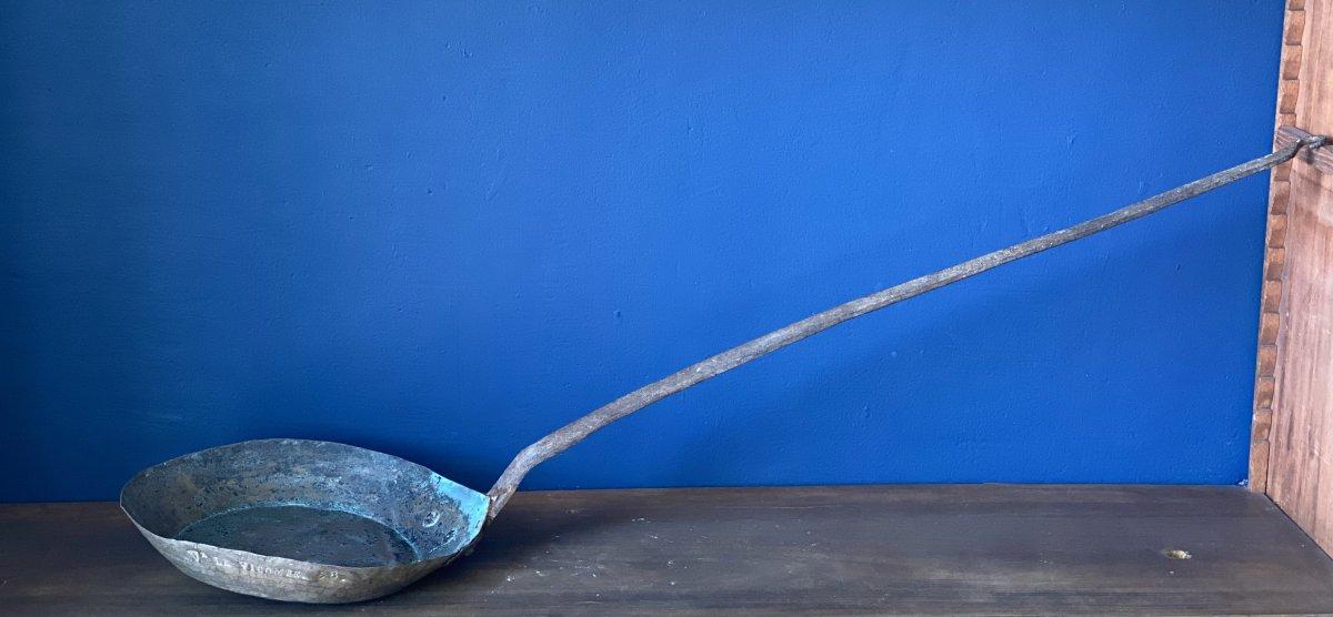 Long Handle Copper Frying Pan From The Château De Vaux Le Vicomte