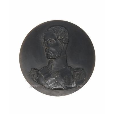Médaillon De Ferdinand Philippe d'Orléans En Bronze par Pradier