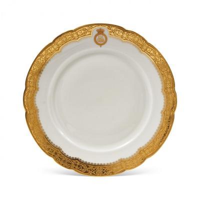 Assiette royale En Porcelaine d'Havilland du service du roi Farouk d'Egypte