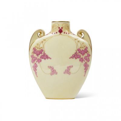 Vase Soliflore Art Nouveau en Porcelaine de Sèvres décoré par Louis-Jules Trager