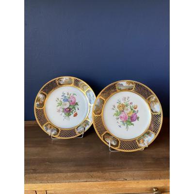 Paire d'assiettes en Porcelaine par Feuillet du Service du Prince Louis-Henri de Bourbon-Condé
