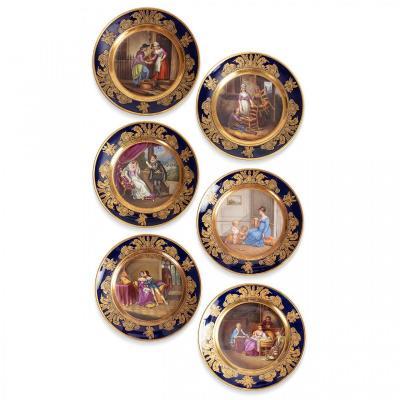 Série de 6 Assiettes en Porcelaine Manufacture de Mme La Duchesse d'Angoulême Dagoty à Paris