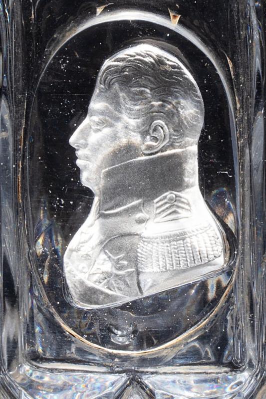 Gobelet En Cristal Moulé Et Taillé Orné d'Un Cristallo-cérame Au Profil Du Duc De Berry-photo-2