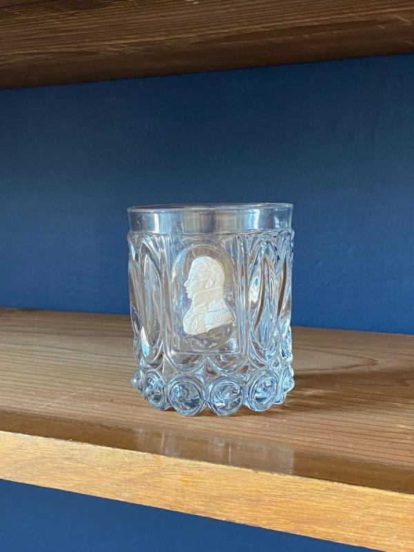Gobelet En Cristal Moulé Et Taillé Orné d'Un Cristallo-cérame Au Profil Du Duc De Berry-photo-3
