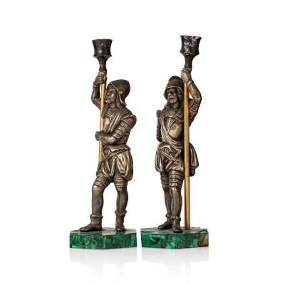 Paire De Bougeoirs En Bronze Et Malachite, Russie XIXe Siècle