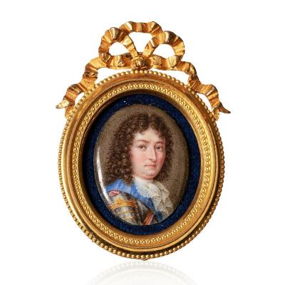 Miniature Oval Painted On Enamel Attributed To Charles Boit (1662-1727) Portrait Of King Louis XIV
