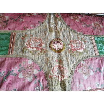 Tablecloth Composed Of Silk Eighteenth