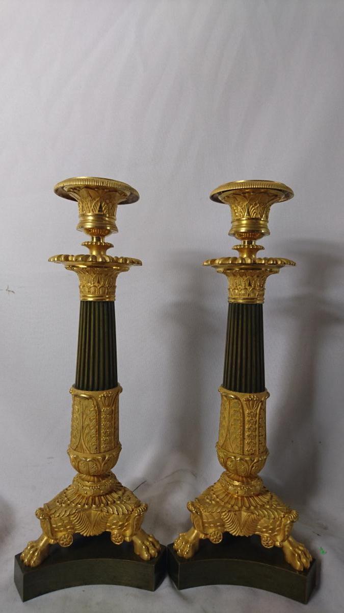 Pair Des Candélabres. Bronze Doré. H. 31,5 Cm.