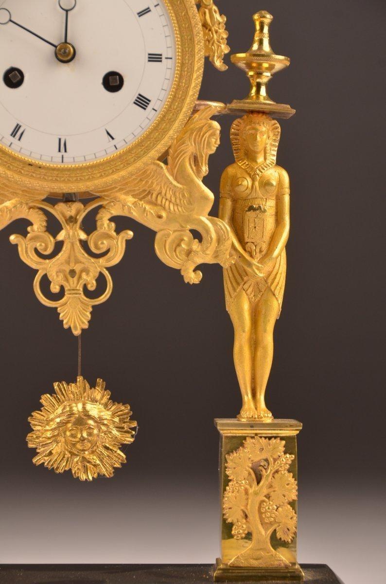 Pendule Bronze Doré Directoire.-photo-1