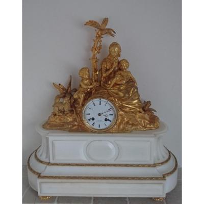 Pendule Bronze Doré. 19ème siècle.