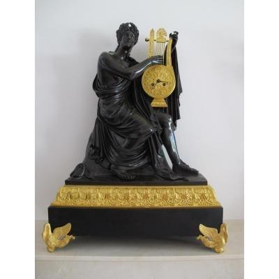 Grande Pendule Bronze Doré. Apollo.