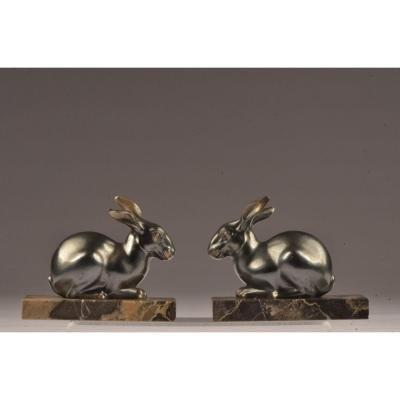 Pair of book ends. Hares.