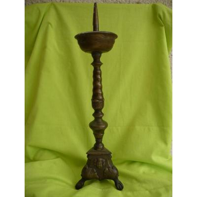 Candlestick Pique Candle In Chiseled Bronze Flanders 17 Eme Century