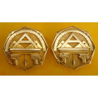 Pair Of Freemasons Collar Buttons In Gold