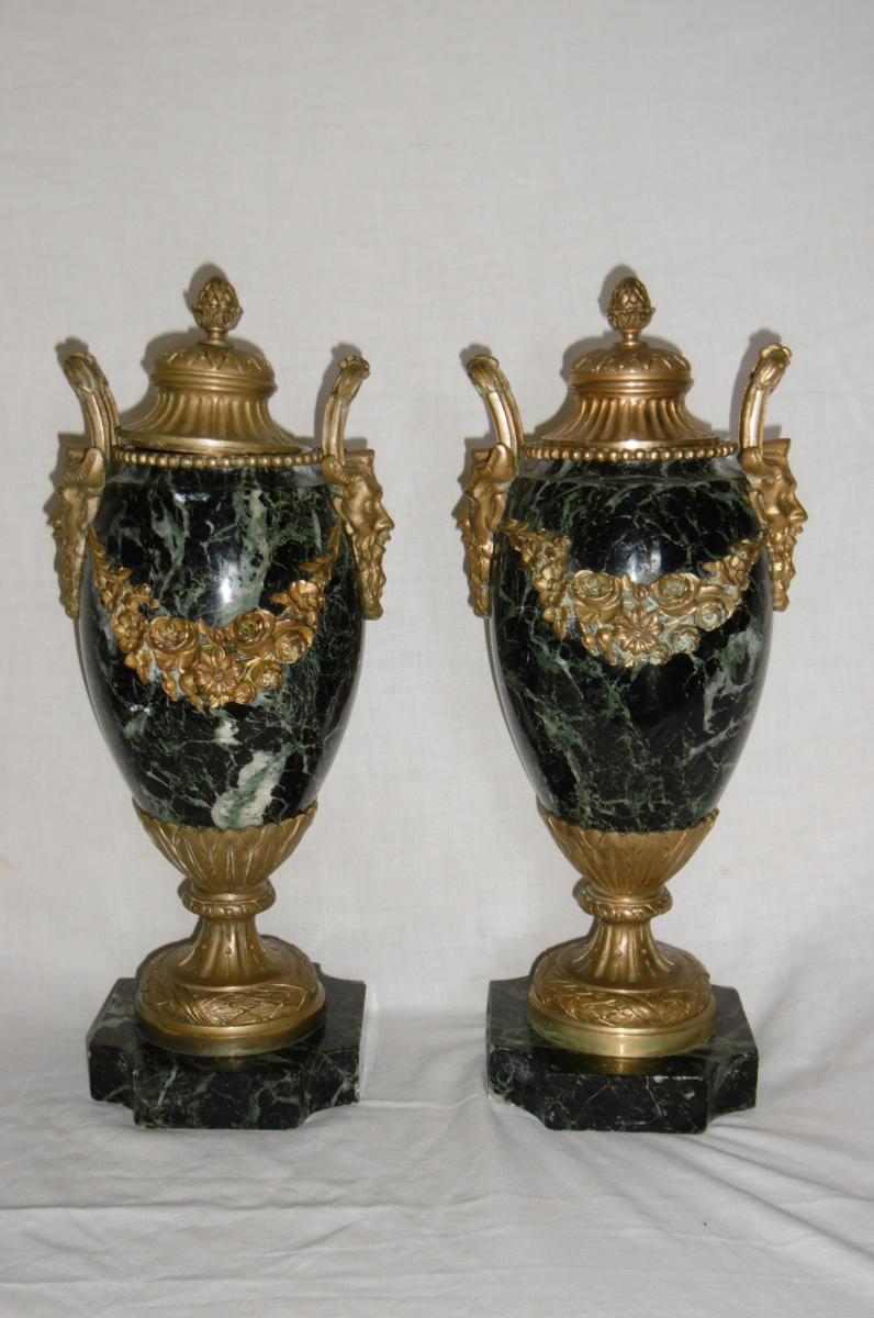 Paire De Cassolettes En Marbre Montées Bronze Du XIXème