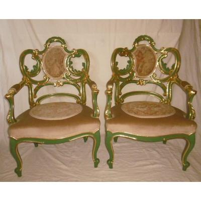 Paire de fauteuils vénitiens