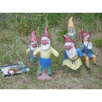 Group Of Dwarves To Adopt