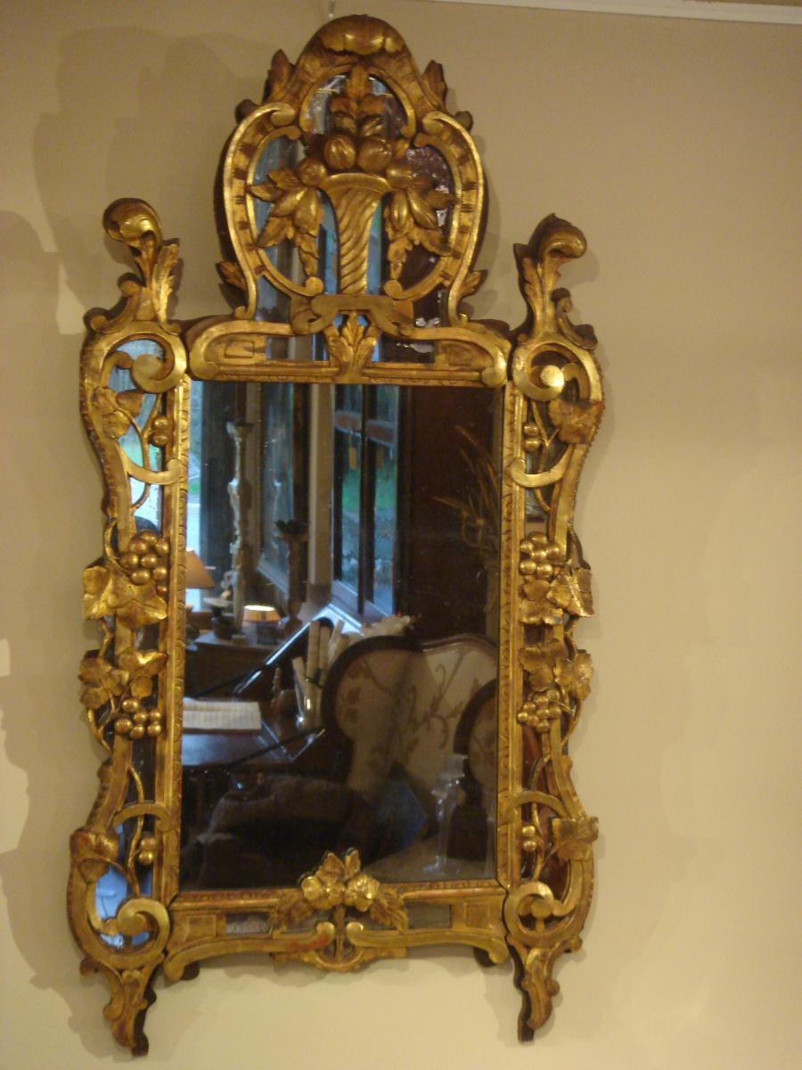 """Miroir Provençal En Bois Doré Dit Miroir De  """"beaucaire"""""""