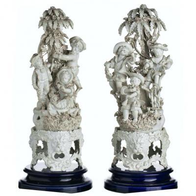 Pair de Groupe  Sculpturaux Napolitains Capo di Monte circa 1830