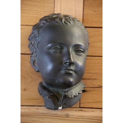 Buste De Henri 4 Enfant En Plâtre Noirci