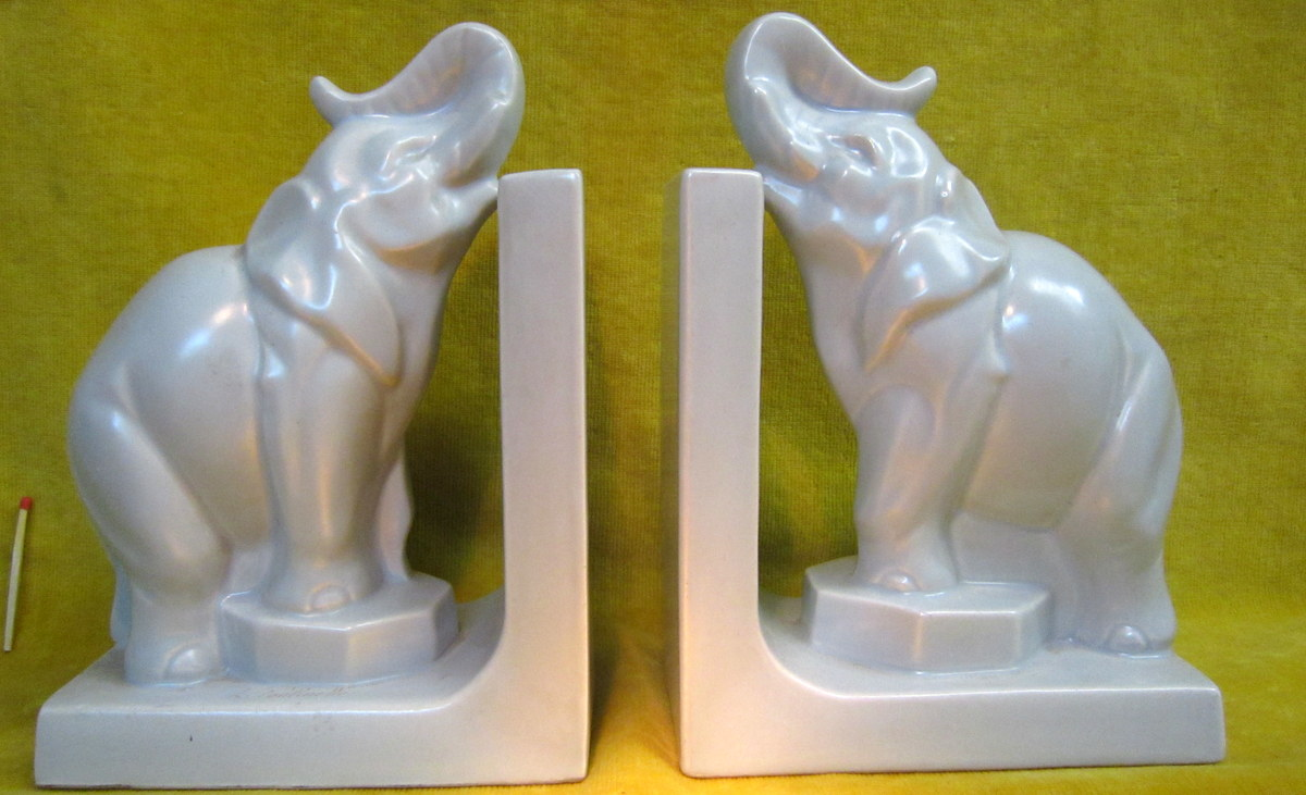 Serre Livres Eléphant Faience Art Deco De L.FONTINELLE
