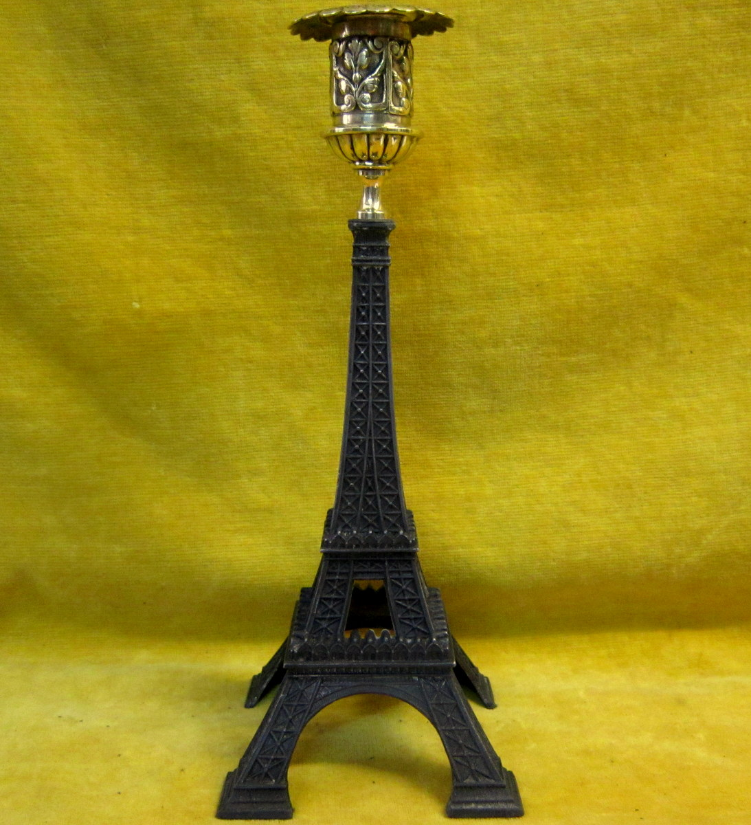 bougeoir tour eiffel exposition universel paris 1889 objets de curiosit. Black Bedroom Furniture Sets. Home Design Ideas