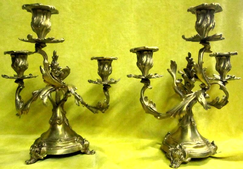 Bougeoirs bronze Paire à 3 Lumiéres Torsadés St Lxv Rocaille 19éme