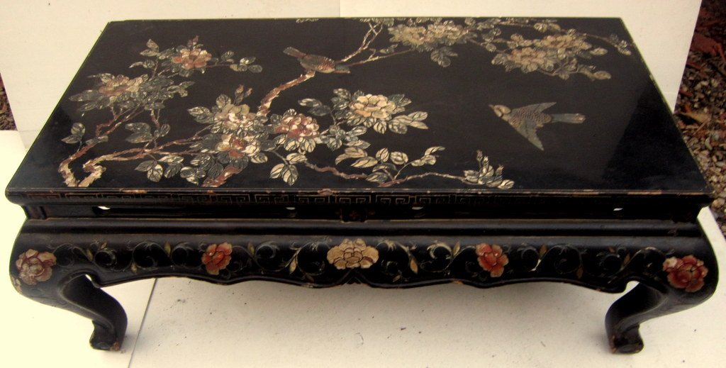 Carved Wood Coffee Table Hollow Patterns Lacquered Traditional Japan