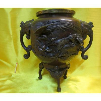 Vase Bronze Tripod Chimera Imperial Japan Meiji 19th