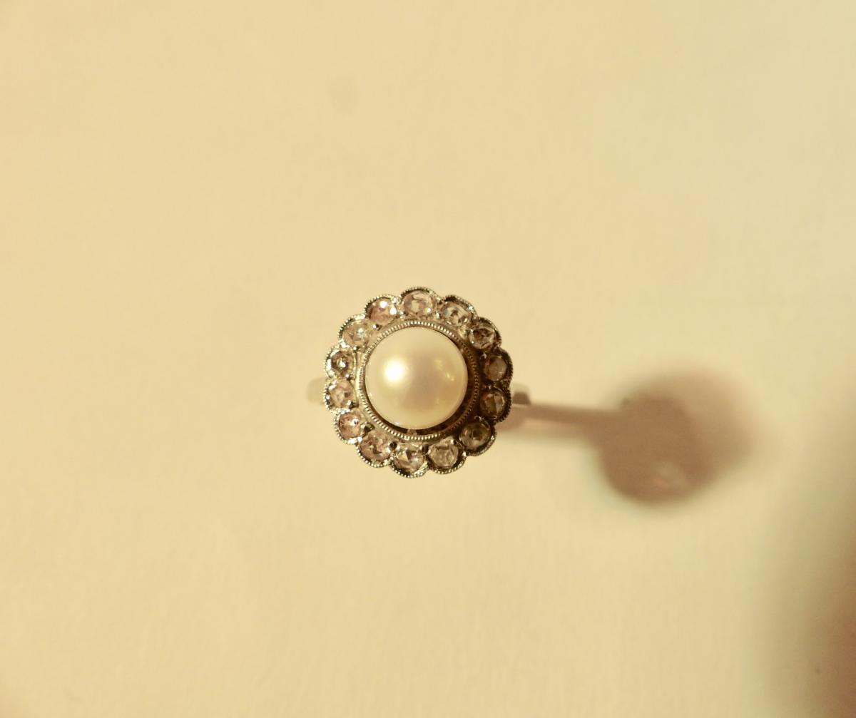 Bague En Or Et Platine Ornée d'Une Perle Et De Diamants