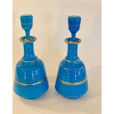 Paire De Flacons En Opaline Bleu Drapeau
