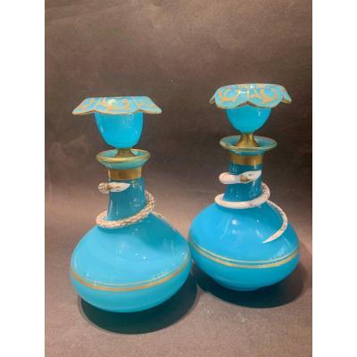 Paire De Flacons En Opaline Turquoise