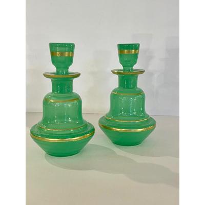 Paire De Flacons En Opaline Verte
