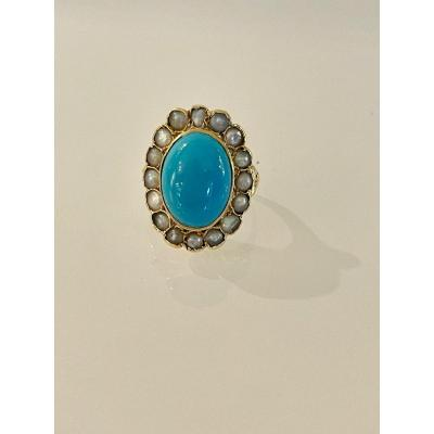 Important Gold Ring Set With A Turquoise In A Pearl Surround.