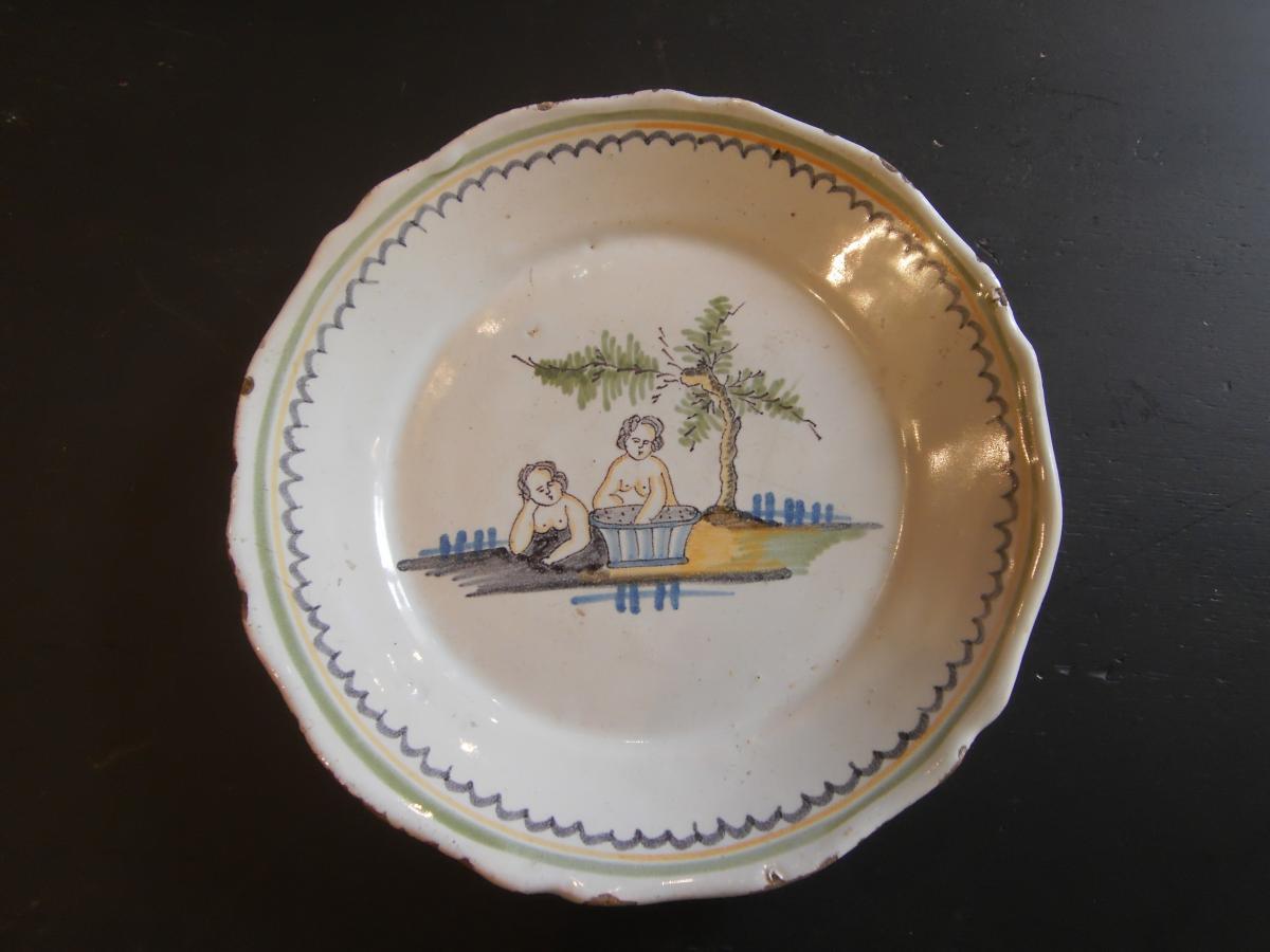 Assiette En Faïence XVIIIème