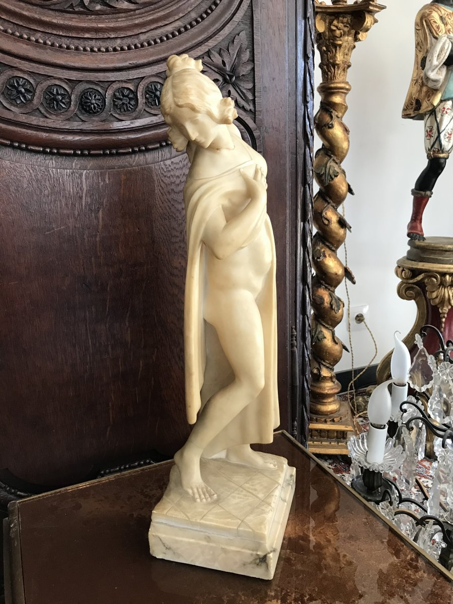 Grande Sculpture En Albâtre Femme Drapée époque 19ème